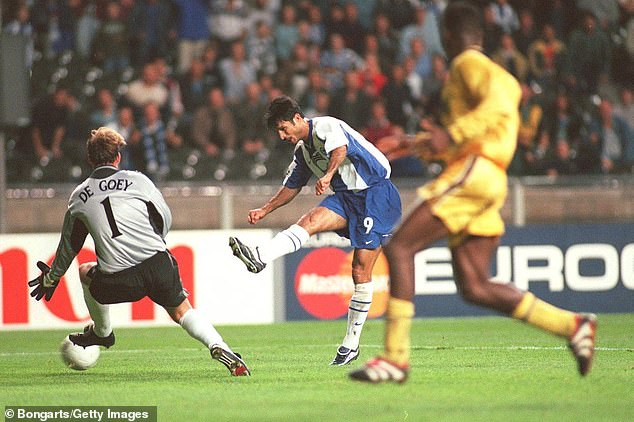 Daei scored twice as Hertha defeated Chelsea 2-1 in a Champions League encounter